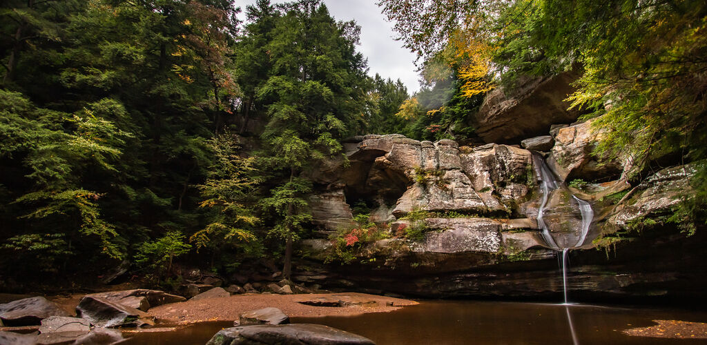 waterfall at hocking hills